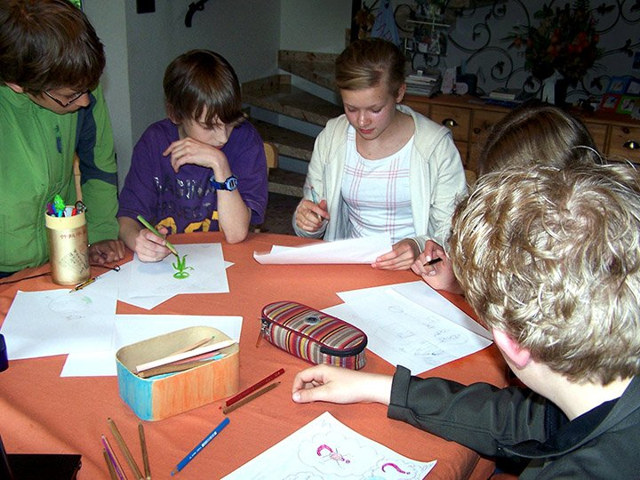 students in Molfsee bei Kiel, Germany creating their messages